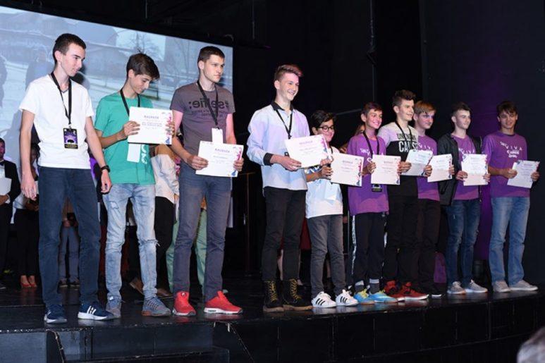 RADIO LJUBUŠKI: Ljubušak Fran Zelić dobio specijalnu nagradu za najbolju glazbu na Viva film festivalu